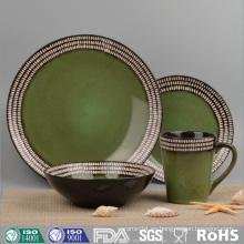 Juego de cena de cerámica colorida y esmaltada