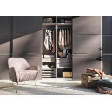 Шкаф для одежды из массива твердых пород классического стиля
