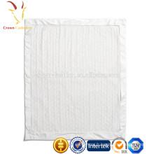 Couverture tricotée douce en molleton épais pour bébé