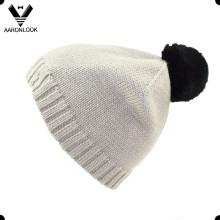 Chapeau en fourrure en peau de lapin en tricot en acrylique