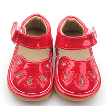 Wholesale Girl Flat Fashion Sandaler Småbarn Squeaky Shoes