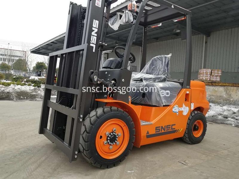 3 T Forklift Truck