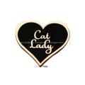 Emblema de esmalte duro con forma de corazón en polvo de brillo personalizado