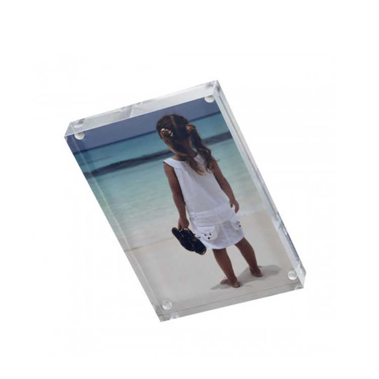 Custom Clear Acrylic Magnetic Picture Frames