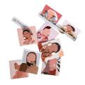 Los pendientes colgantes con estampado de logotipo personalizado muestran la tarjeta de la joyería