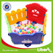 Kinder Ball Pool LE.QC.006