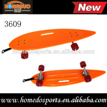 дешевые новая форма скейтборд высококачественного пластика длинной доске для детей/ взрослых