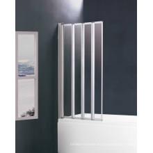 Recinto de ducha de vidrio templado con baño