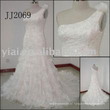 2011 más reciente más impresionante nueva llegada real un hombro hecho a mano flores organza rebordeado blanco vestido de boda de señora JJ2069
