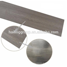 Piso de tábuas de vinil grão de madeira seca de volta