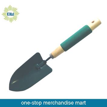 GK053 Wooden handle shovel