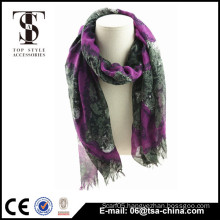 Long Style of Length and Checked Style printing scarf