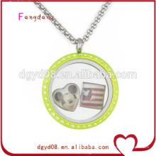 collar de medallón flotante de cristal