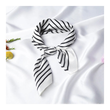 Модные аксессуары Шелковый шарф