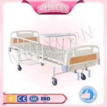 Manual bed with two functions