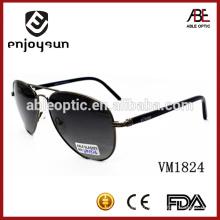 Lunettes de soleil en métal couleur noir unisexe de haute qualité avec UV400