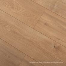 L6337-Tan Plancher en stratifié chêne mat