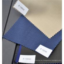 Tela lisa mezclada poliéster negro de lana peinada profesional para traje uniforme