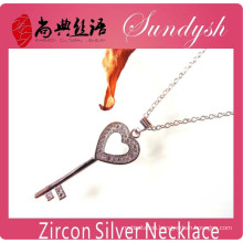 Wholeasle Silver Jewelry CZ Micro-inserts Heart Shape Key Pendant Necklace