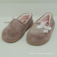 2014 nouvelle arrivée confortable femme chaude rose intérieur chaussures en peluche chaussures hiver chaussure