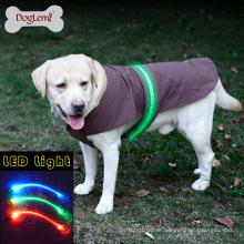 Wholesale Moda agradável LED segurança Dog Vest Jacket capa de chuva roupas de inverno