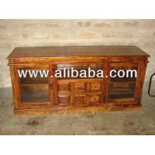 Aparador de madeira com painel de vidro e gaveta
