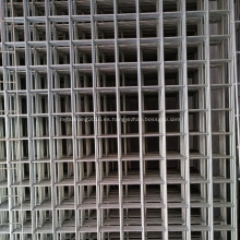 "Paneles de malla de alambre galvanizado con 4 ""de apertura"