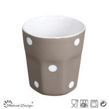 Tasse en céramique de 3 oz à l'intérieur blanc extérieur gris à pois