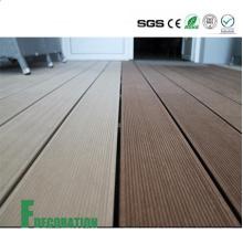Terrasse en bois composite UPVC à faible coût