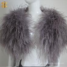 Модный страус с перьями из меха из пушнины