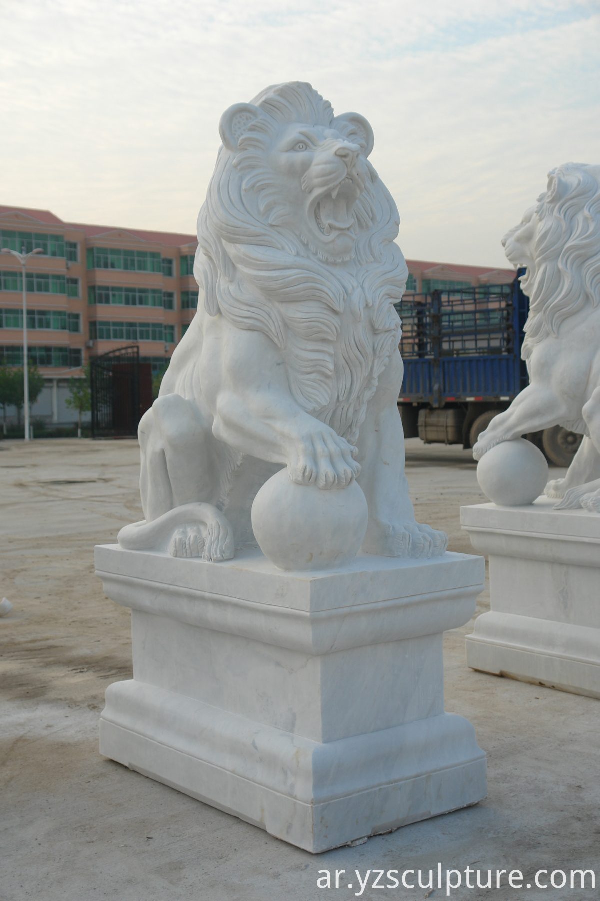 life size white marble lion staute pair