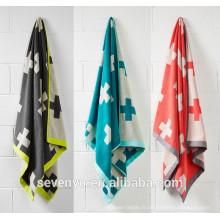 Vente chaude Double jacquard croix motif de conception serviette de bain drap de bain BtT-115 Chine Fournisseur