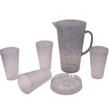 2015 New Product Plastic Jugs with Cups