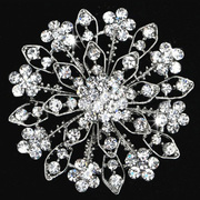 Rhinestone quần áo đồ trang sức lớn Hoa pin Pin Phòng Trăng cưới pha lê trang trí hoa hình dáng thời trang thiết kế