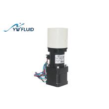 Miniature ceramic plunger pump
