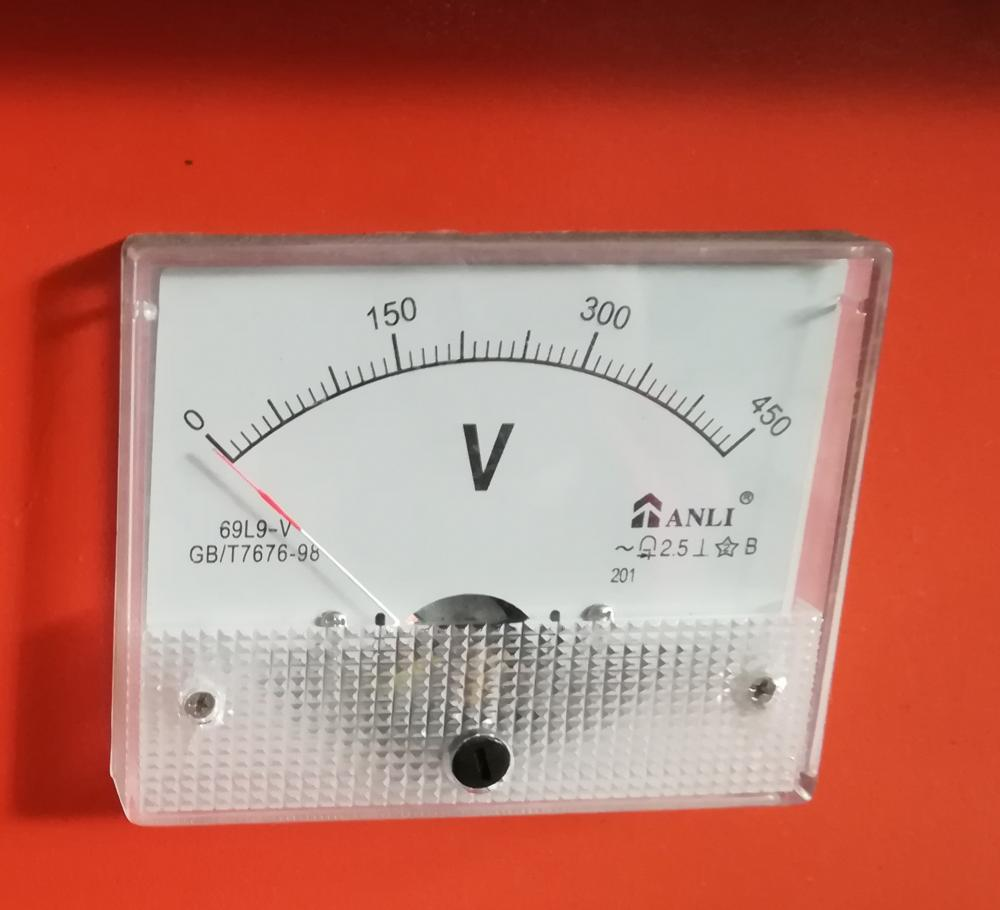 Voltage Meter sur les machines