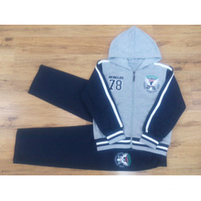 Boy Children′s Sports Suit in Kids Clothes