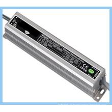 30W impermeável LED fonte de alimentação / entrada 120V saída 24V