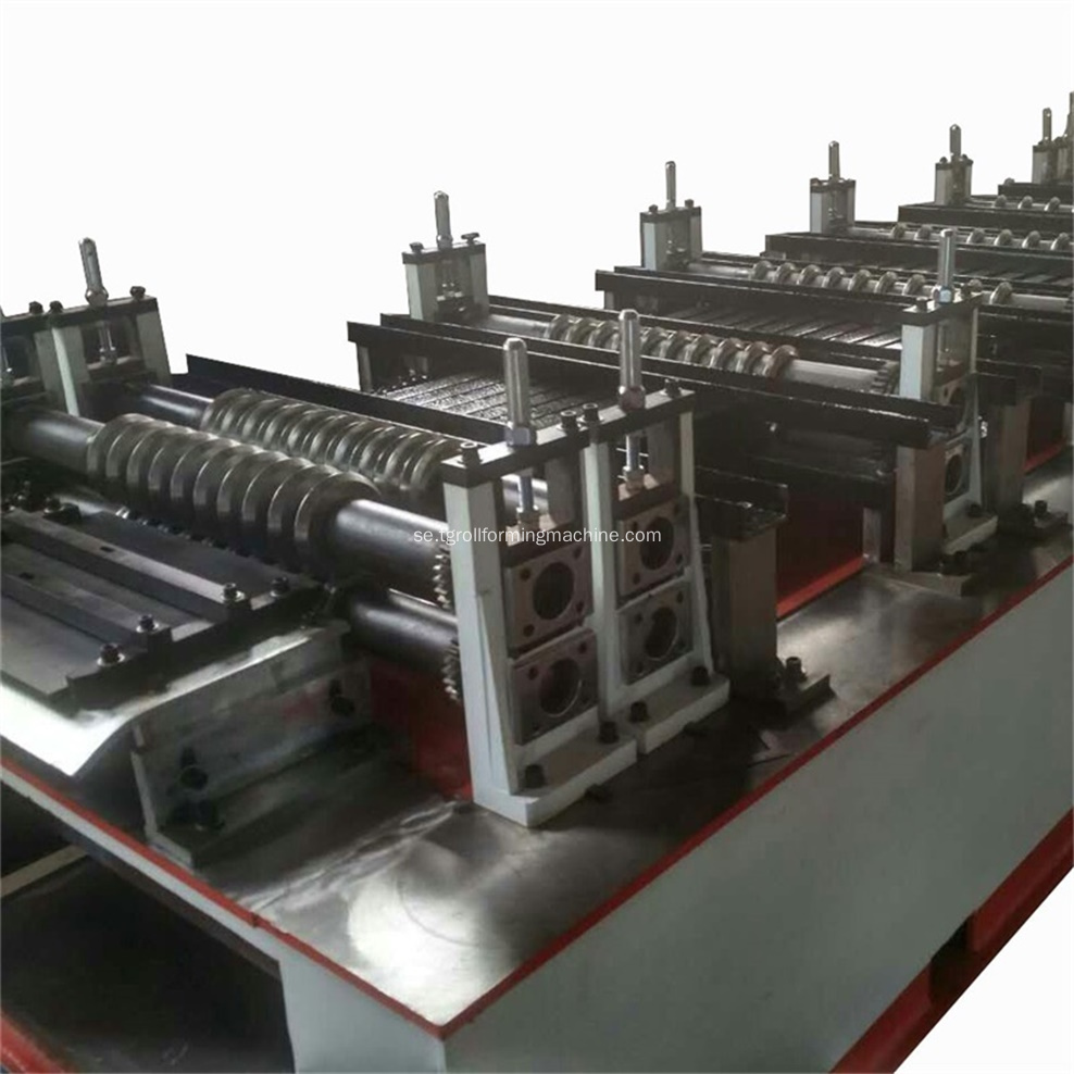 Non-Removal Metal Mesh Formwork Machine