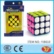 2015 Caliente Ying Yong Yun Yong Jun Carat diamante Cubo Cubo juguetes educativos Inglés de embalaje para la promoción