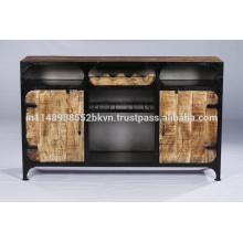 Industrial Vintage Metal und Holz Sideboard mit Flaschenhaltern