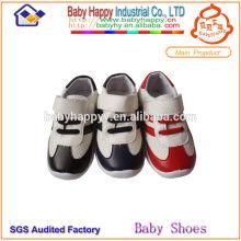 Zapatos europeos de los niños de China