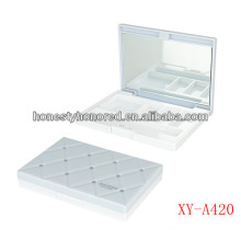 White Color Empty Eyeshadow Container With Mirror