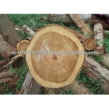 Madeira serrada em madeira de acácia
