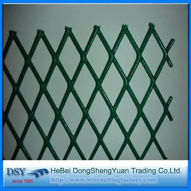 Expanded Metal Mesh Fence