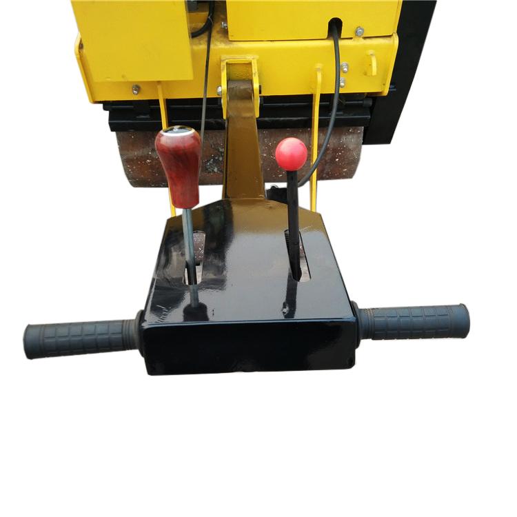 details of road roller
