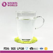 Caneca de café clara do vidro de borosilicato da fábrica com punho