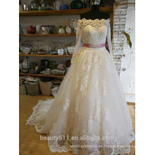 Princesa vestido de novia Lacy mirada de piso de longitud cuello de encaje vestido de novia P094