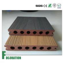Decking exterior composto plástico de madeira impermeável da Co-extrusão WPC