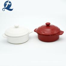 Farbglasierter runder Keramikauflauf